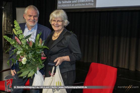 Erster Ehrenpreis der Heilpädagogik geht an Irmela Mensah-Schramm