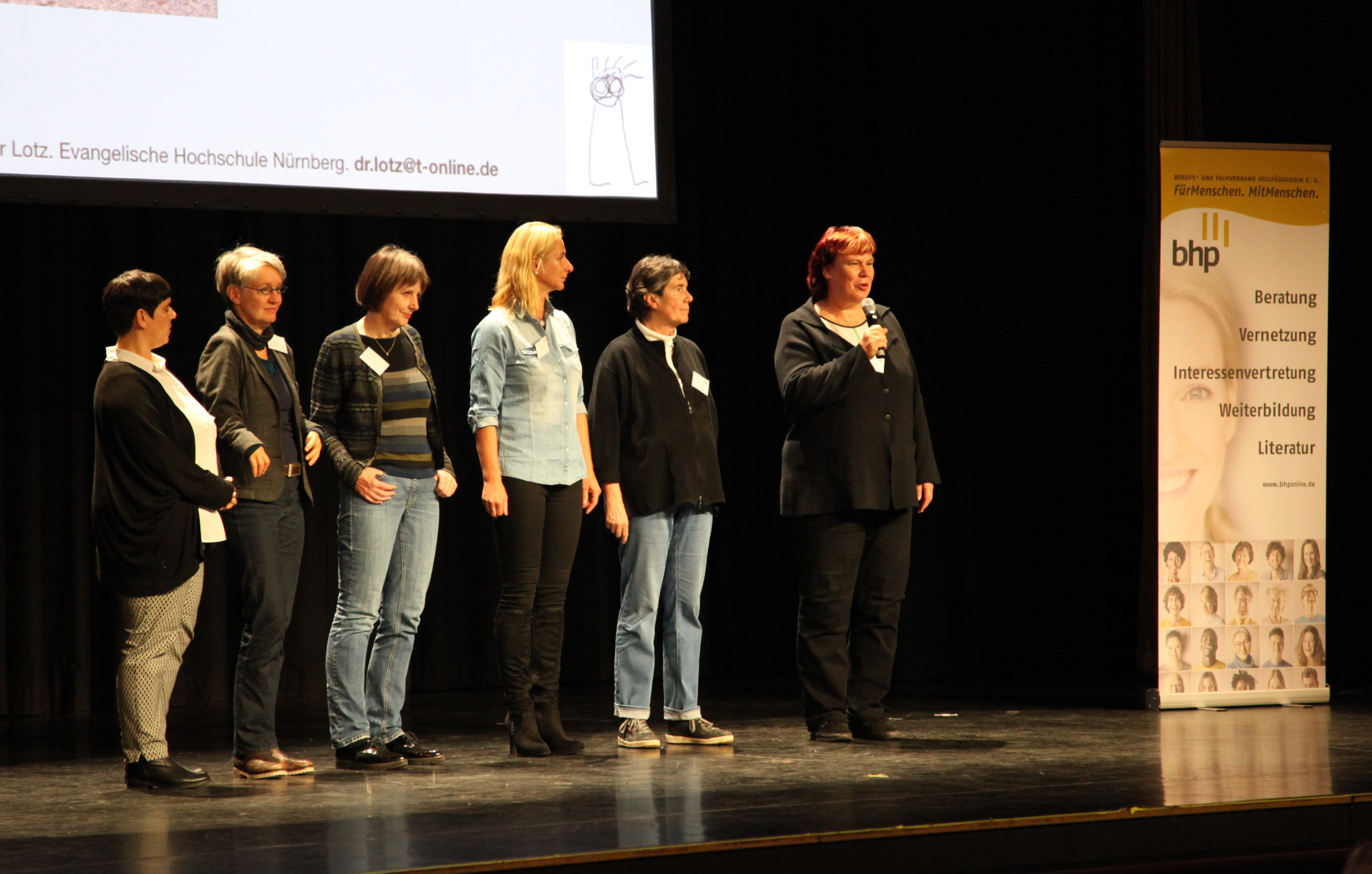 Der neue BHP Vorstand: Sandra Kapinsky, Prof. Dr. Simone Danz, Heidi Fischer, Cornelia Künzel, Vera Knüppel und Dagmar Gumbert