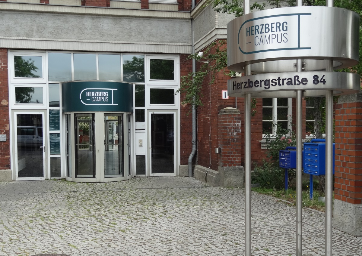 Herzberg_Frontansicht_web2